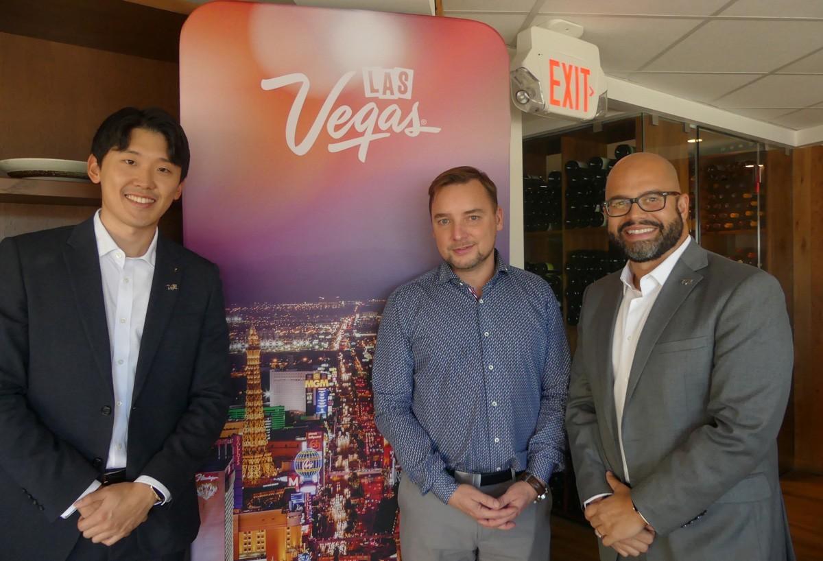 Canadian visitors betting on Las Vegas