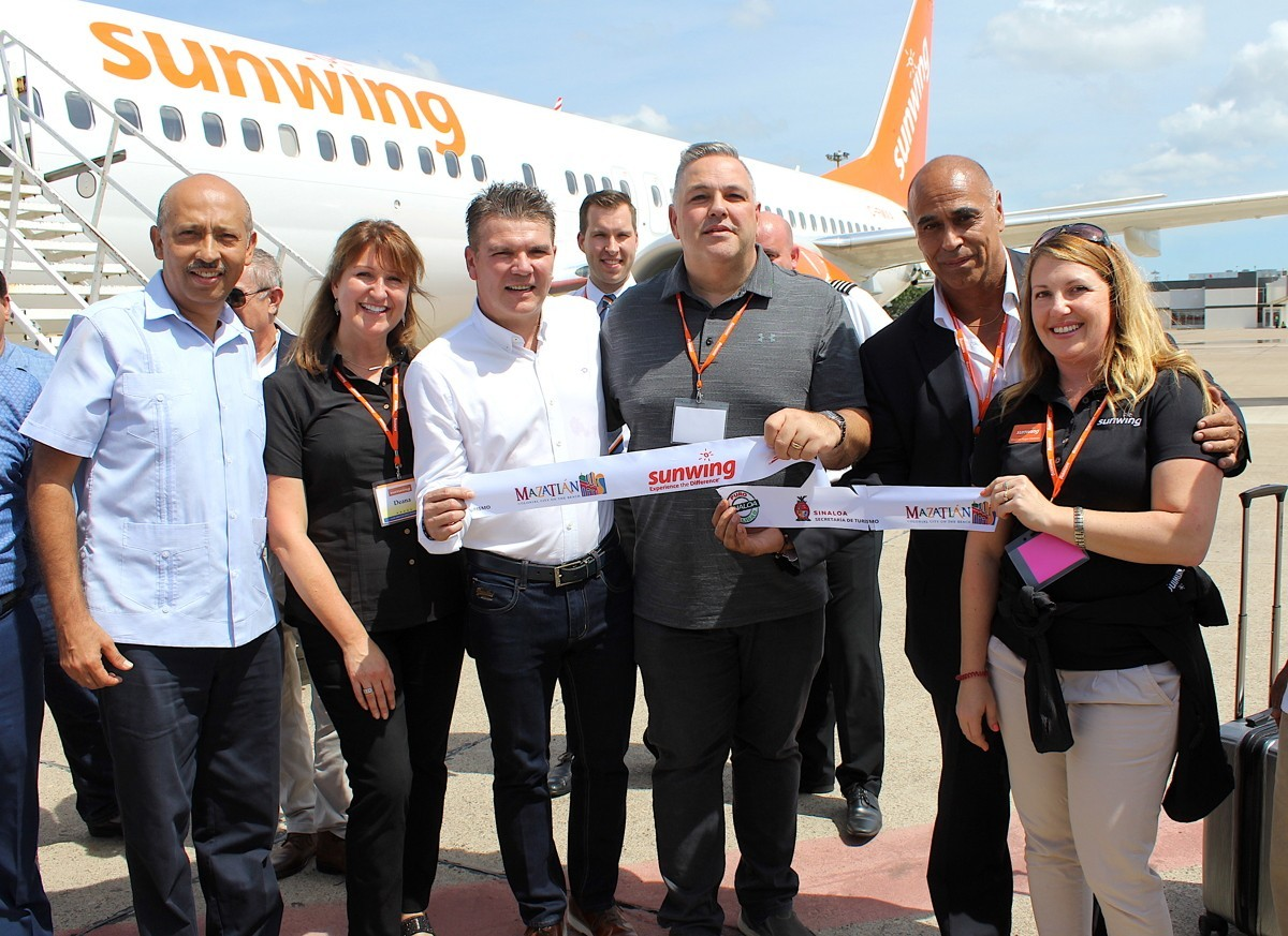 PAX On Location: Sunwing, travel agents get the rockstar treatment in Mazatlán