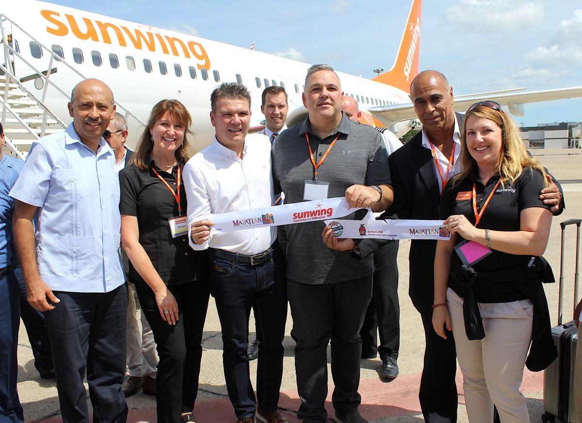 PAX On Location: Sunwing, travel agents get the rockstar treatment in Mazatlán