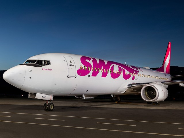 Swoop's U.S. flights grounded, cites pending approvals