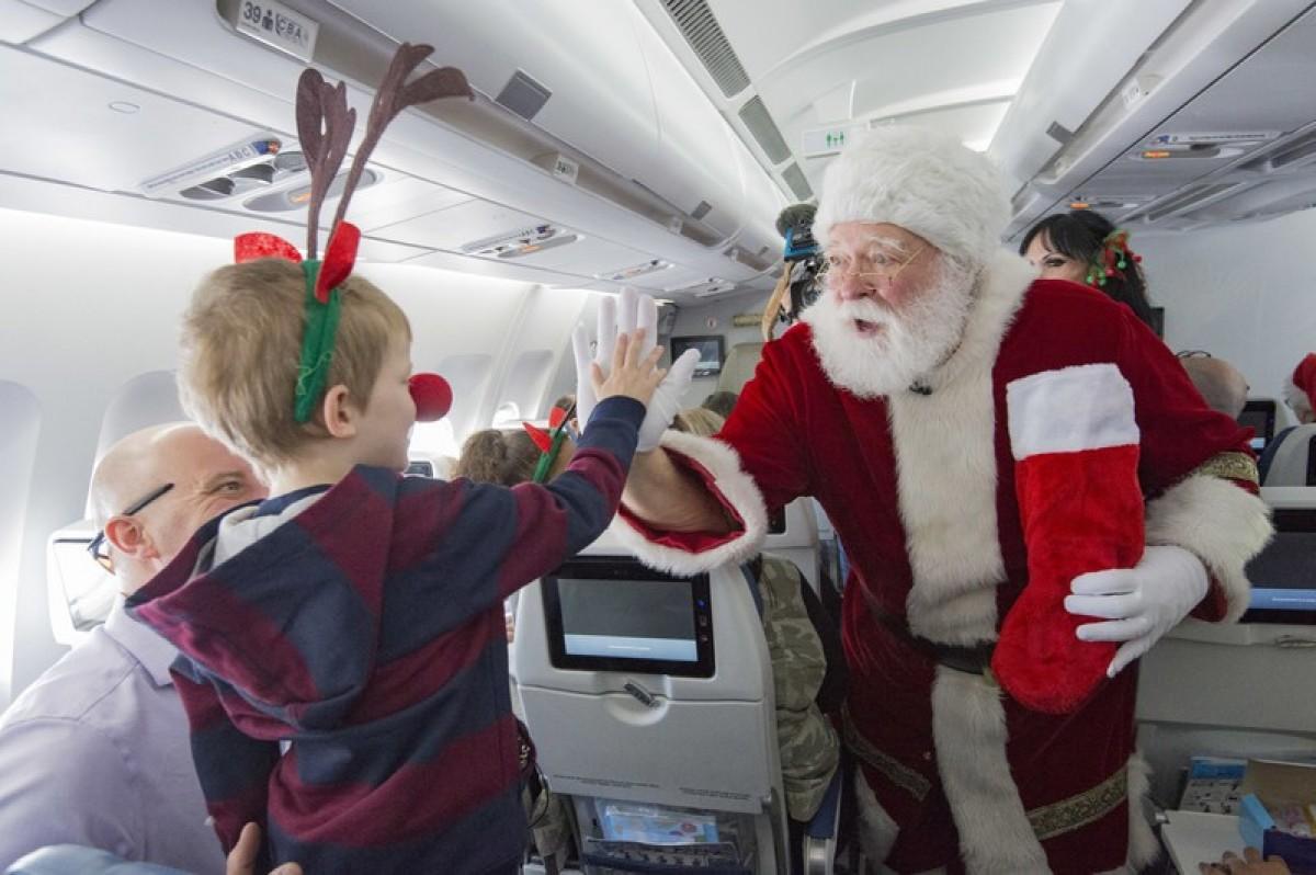 Santa Claus found during Air Transat's annual Children's Wish Foundation's flight