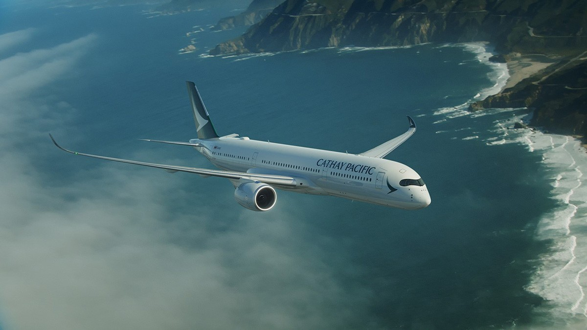 Cathay Pacific accidentally sells $21,815 flights for $920 on NYE