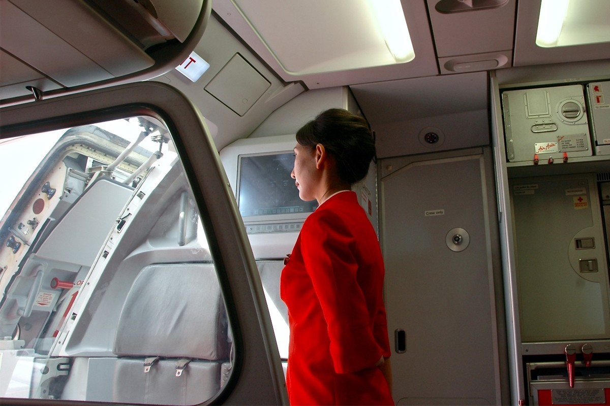 Flight attendant's open letter to rude passenger goes viral for the right reasons
