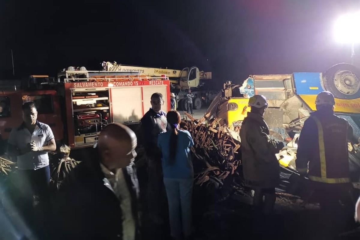 Rare tornado kills 3, injures 172 in Havana