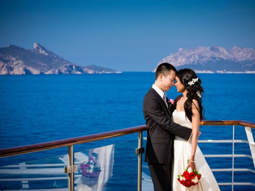 Tying the knot at sea: a guide to wedding cruises