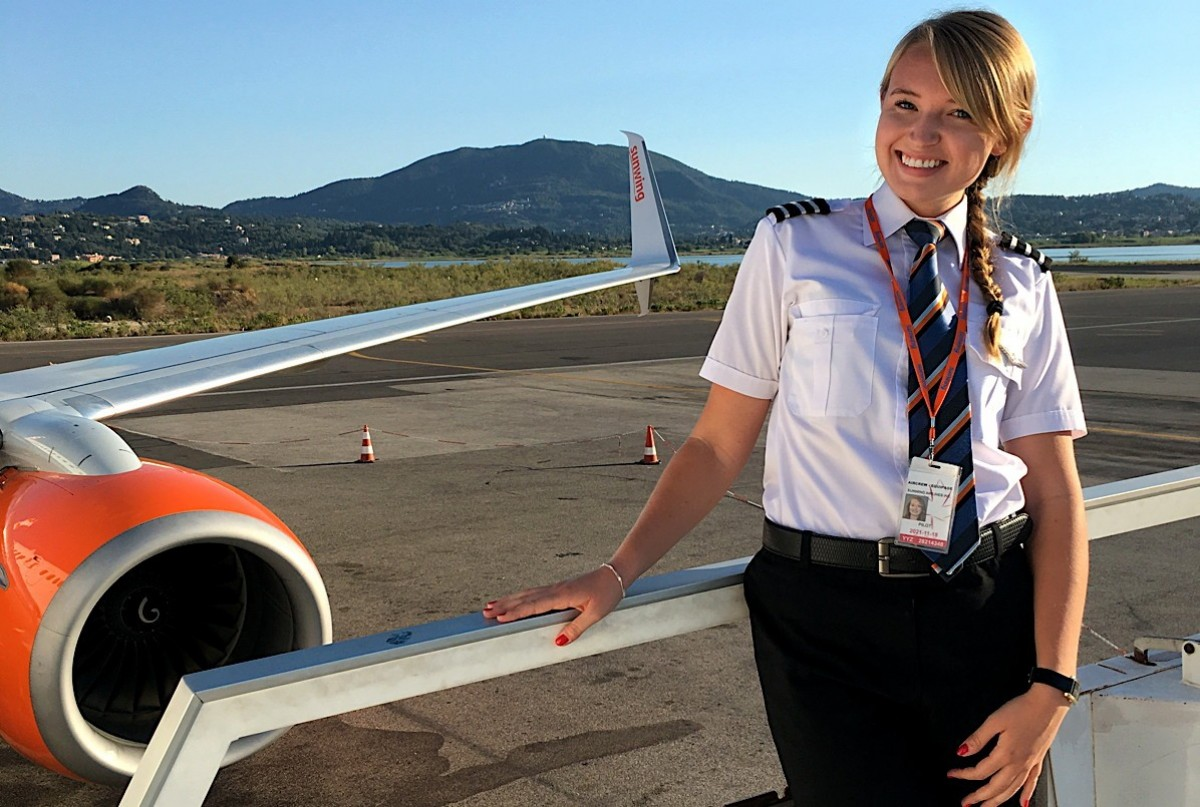 Women of Aviation Week: Sunwing's Siobhan O'Hanlon