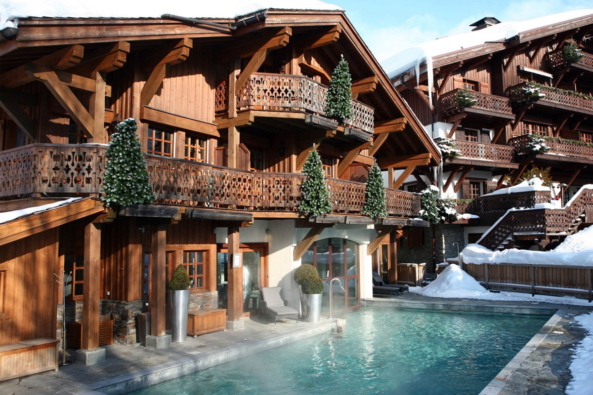 PHOTOS: Four Seasons brings winter luxury to the French Alps