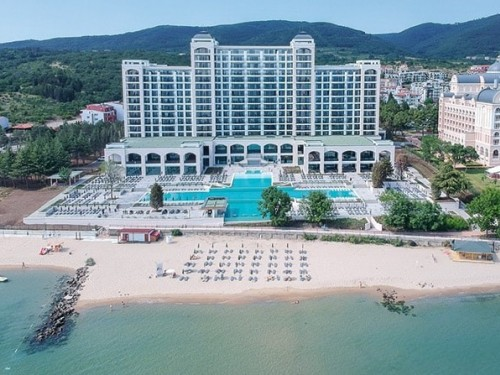 RIU opens another five-star, adults-only hotel in Bulgaria