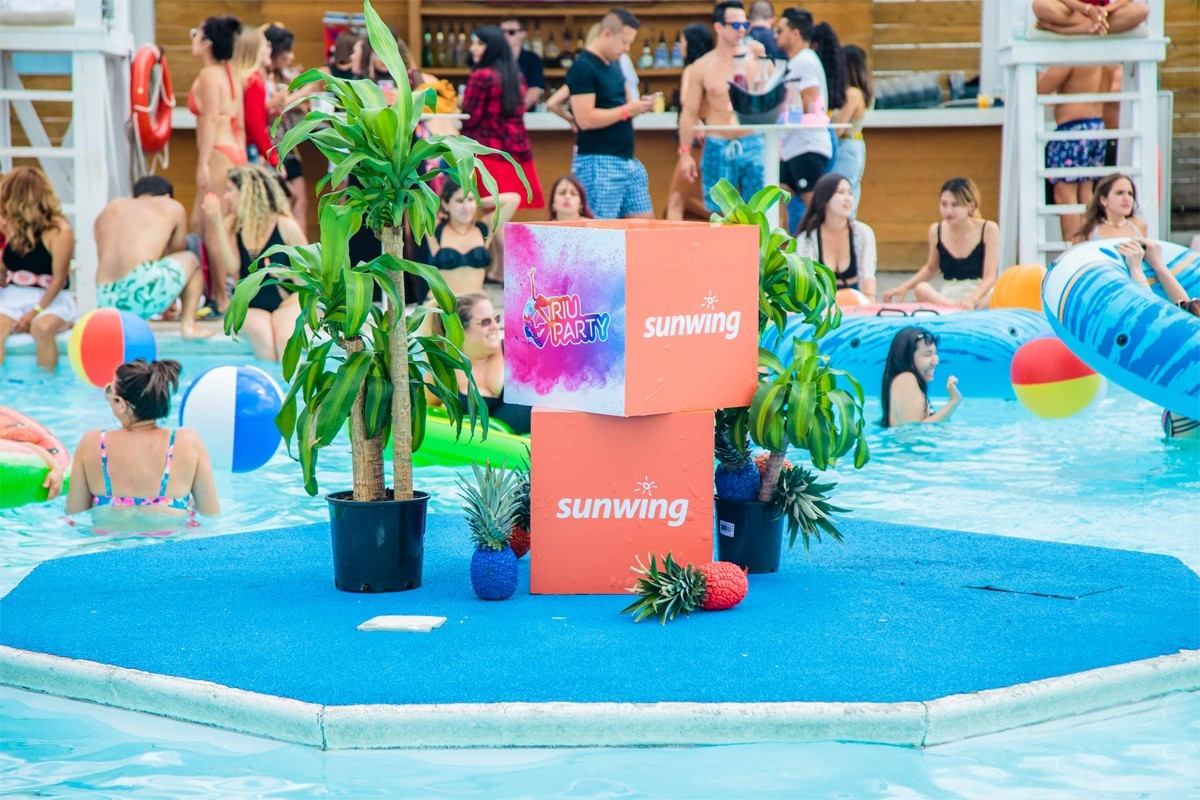 Sunwing & RIU host a real RIU Pool Party in Toronto