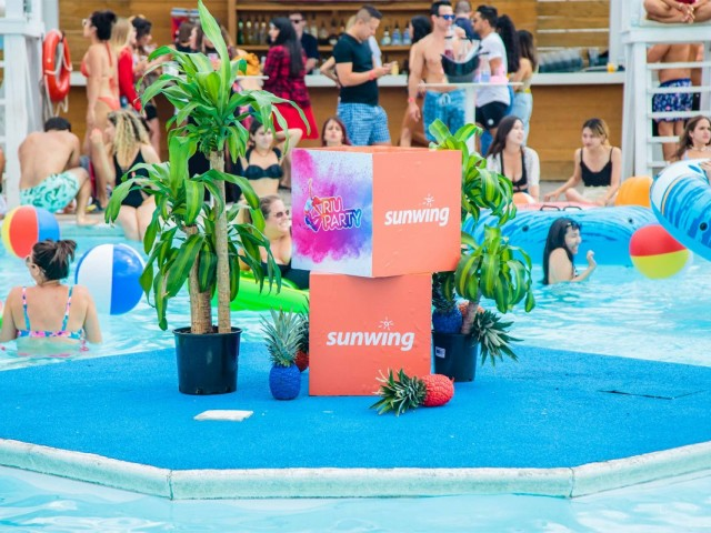 Sunwing & RIU host a real RIU Pool Party in Toronto