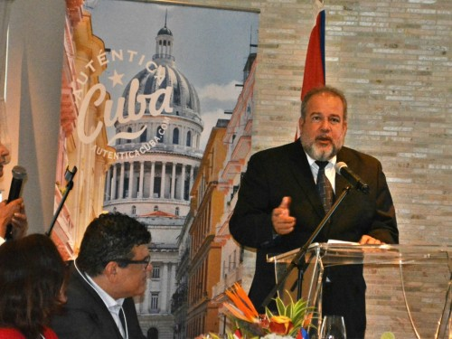 Cuba's Minister of Tourism addresses false claims against Cuba's economy