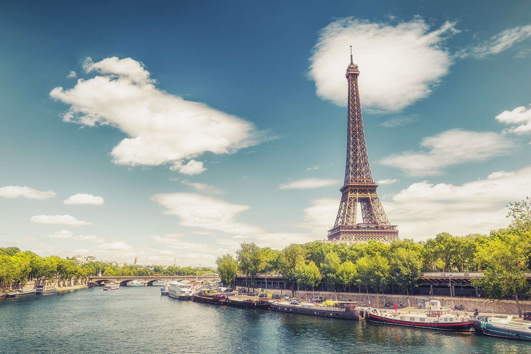 Air Canada increasing service to Paris from Toronto & Montreal