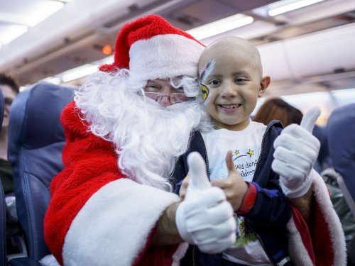 "Transat celebrates 15th annual ""Flight with Santa Claus"""