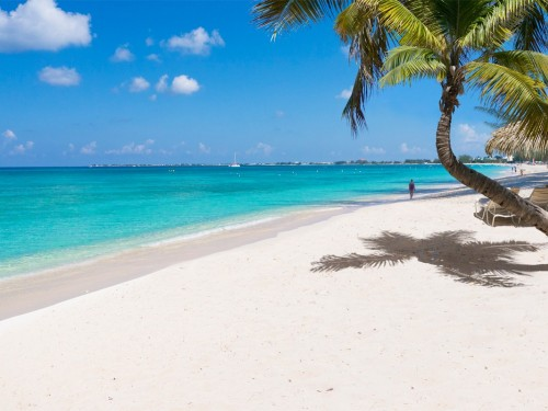 Sunwing now flying to Grand Cayman