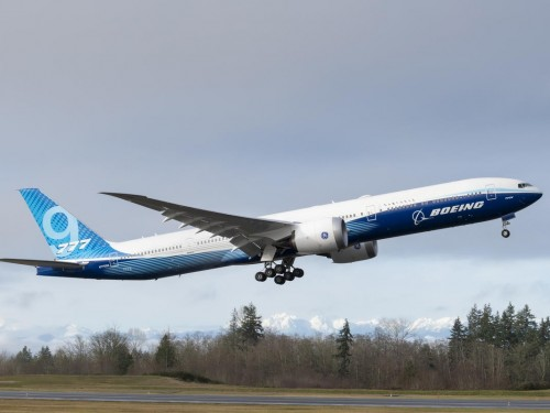 Boeing 777X jetliner coming 2021