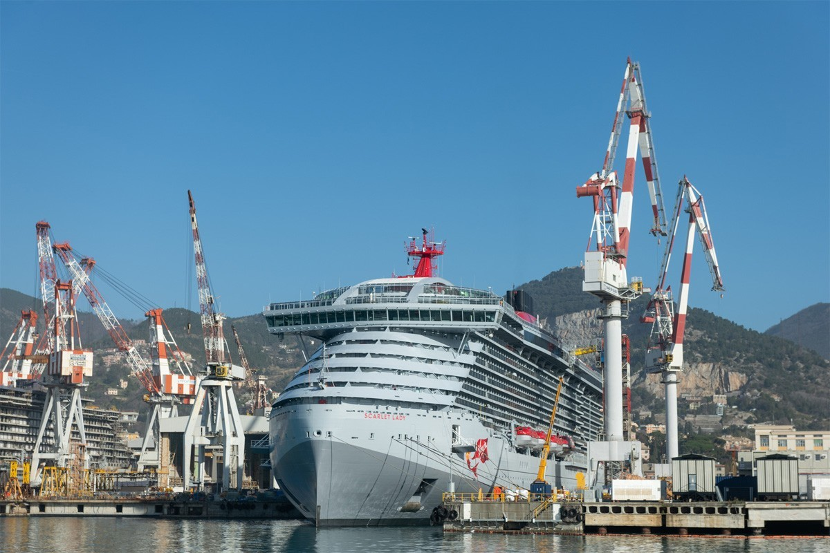 Virgin's Scarlet Lady gets ready to sail