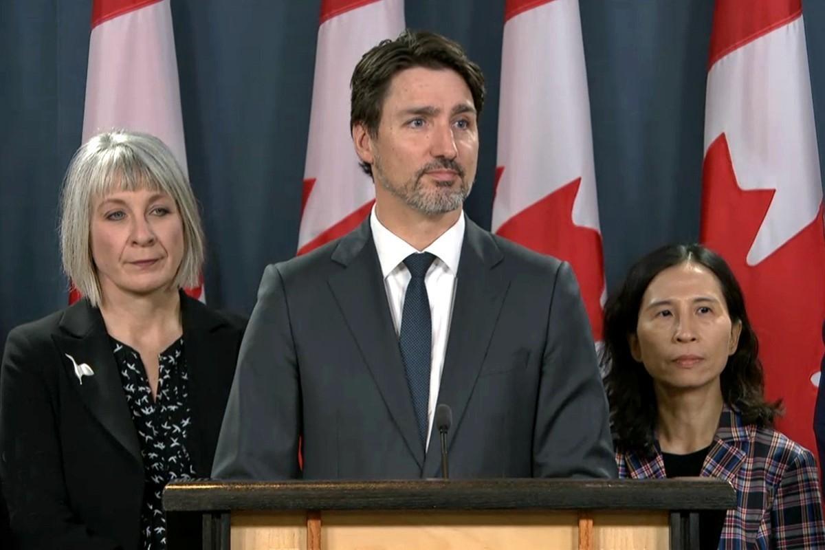 Ottawa to warn Canadians against international travel; PM looks at tightening border