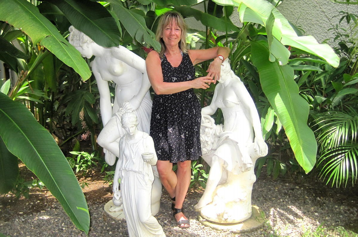 Monday Minute: Debbie Marcotte of Uniglobe Adventure House Travel