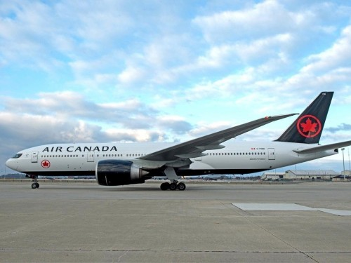 COVID-19: Air Canada lays off more than 5,000 flight attendants