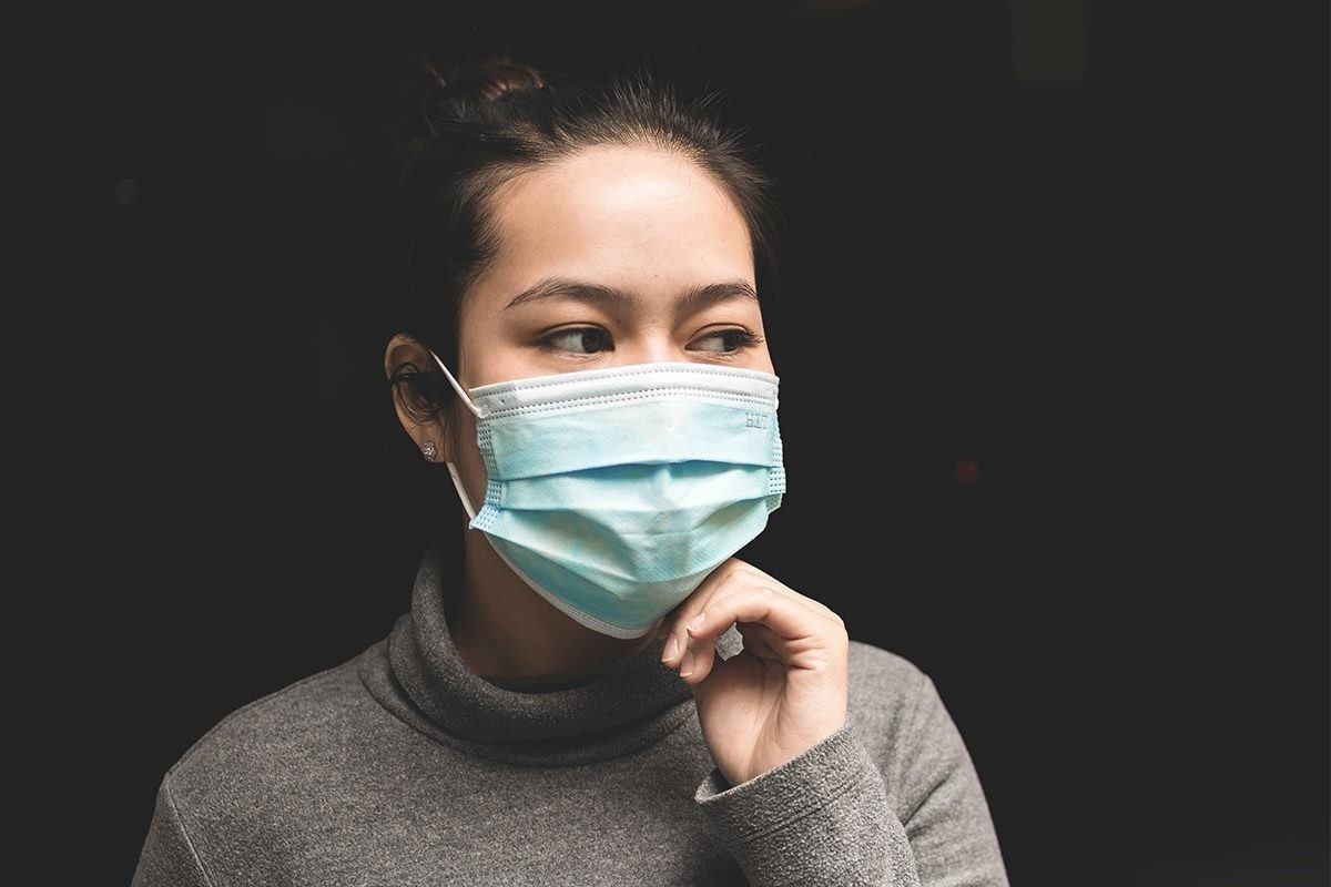 Air travellers are now required to wear non-medical masks