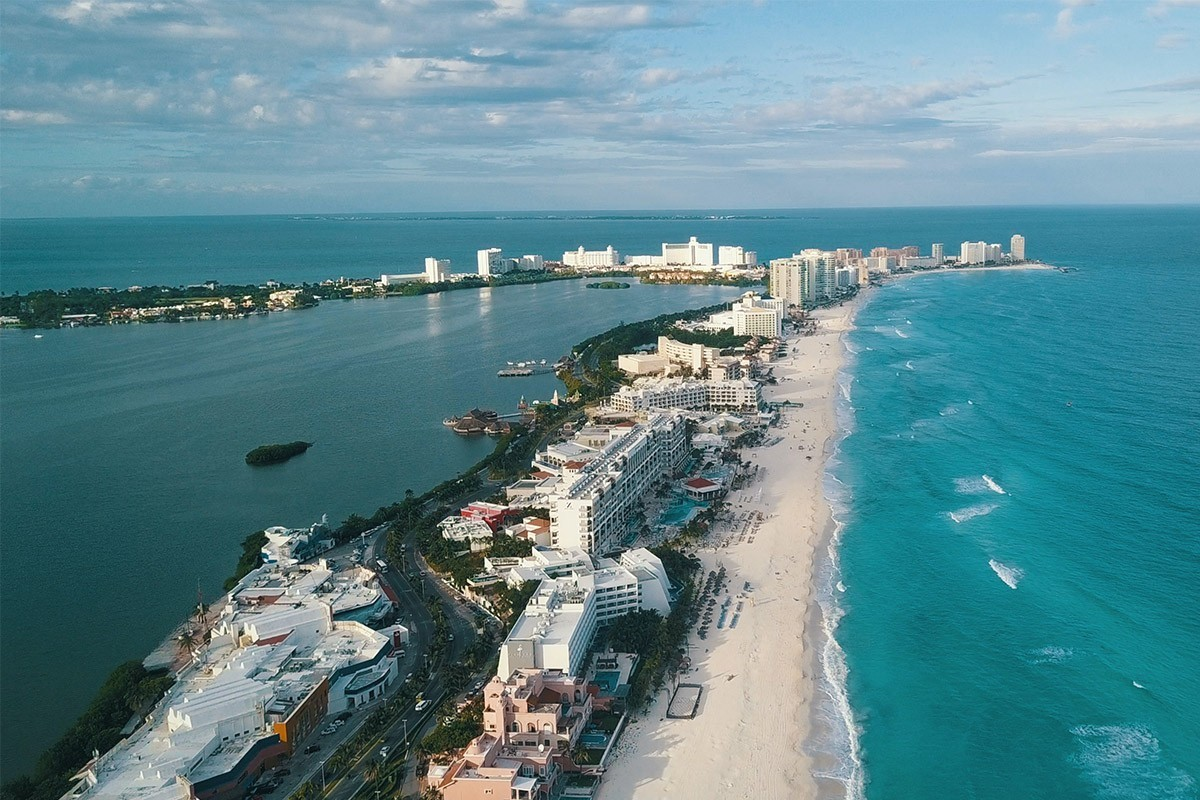 Air Canada, Transat & Sunwing flying to CUN this June? Not so fast, reps say