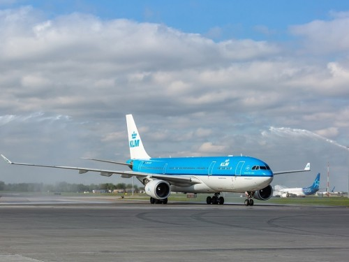 KLM is flying to YVR & YYC starting in July