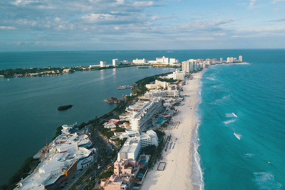 Quintana Roo reopens its borders—and 41 popular hotels