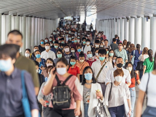 WTTC urges travellers to wear masks in new campaign
