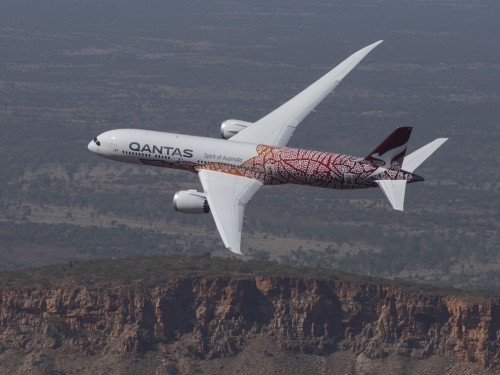 Qantas to cancel almost every international flight until March 2021