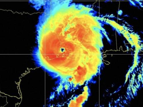 """Unsurvivable"" wall of water slams Louisiana as Hurricane Laura makes landfall"