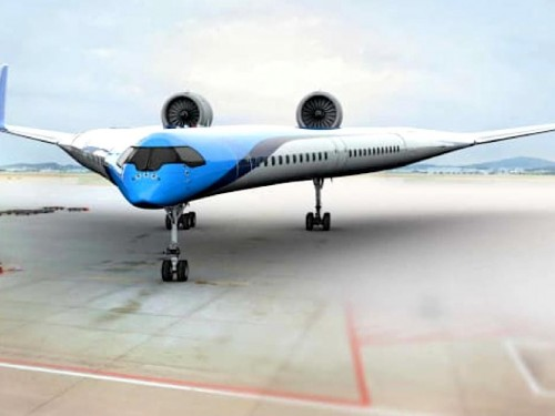 "KLM's futuristic ""Flying-V"" airplane makes successful maiden flight"