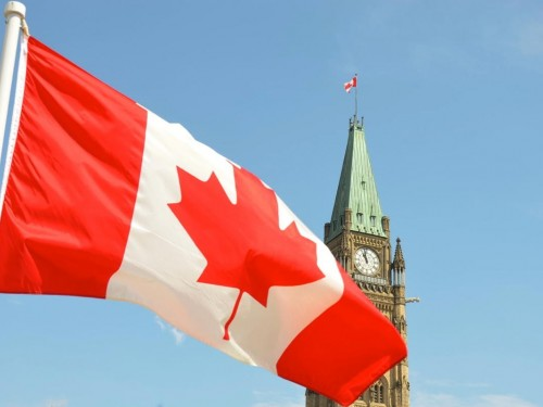 "Canada's travel & tourism industry calls for ""urgent dialogue & action"" with gov'ts"