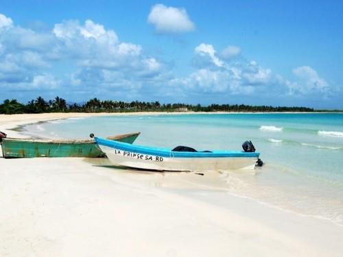 Dominican Republic scraps mandatory pre-testing, unveils assistance plan