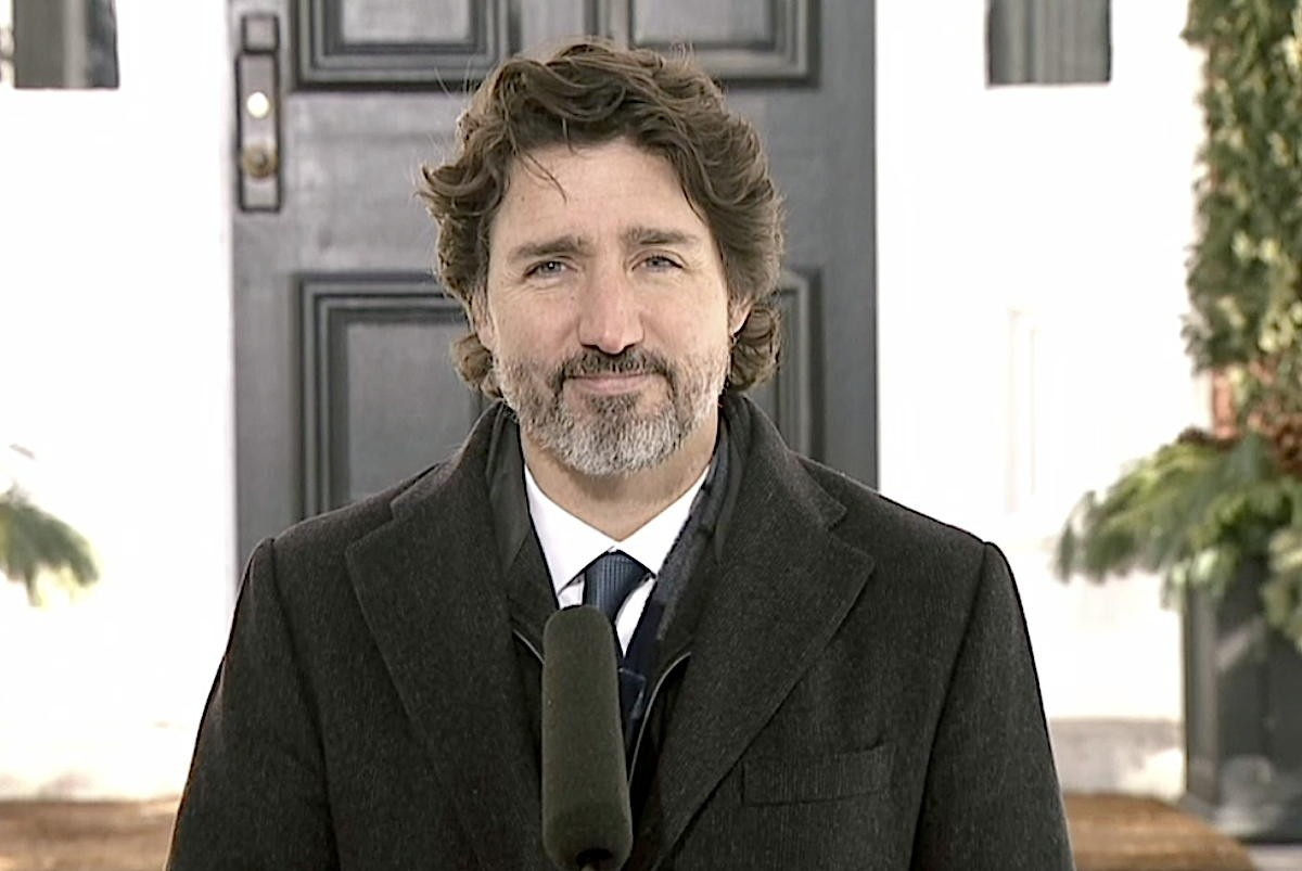 """""""What is the hold up?"""" Trudeau pushed on airline bailout status"""