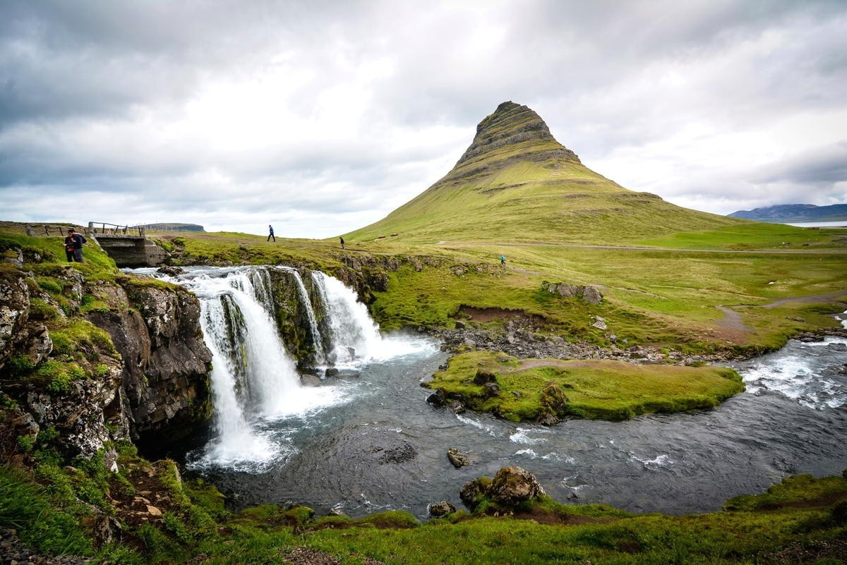 Vaccinated travellers can now visit Iceland without restrictions
