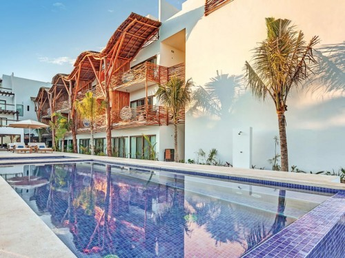 Sunwing Travel Group: Mystique Holbox by Royalton will join Marriott's Tribute Portfolio