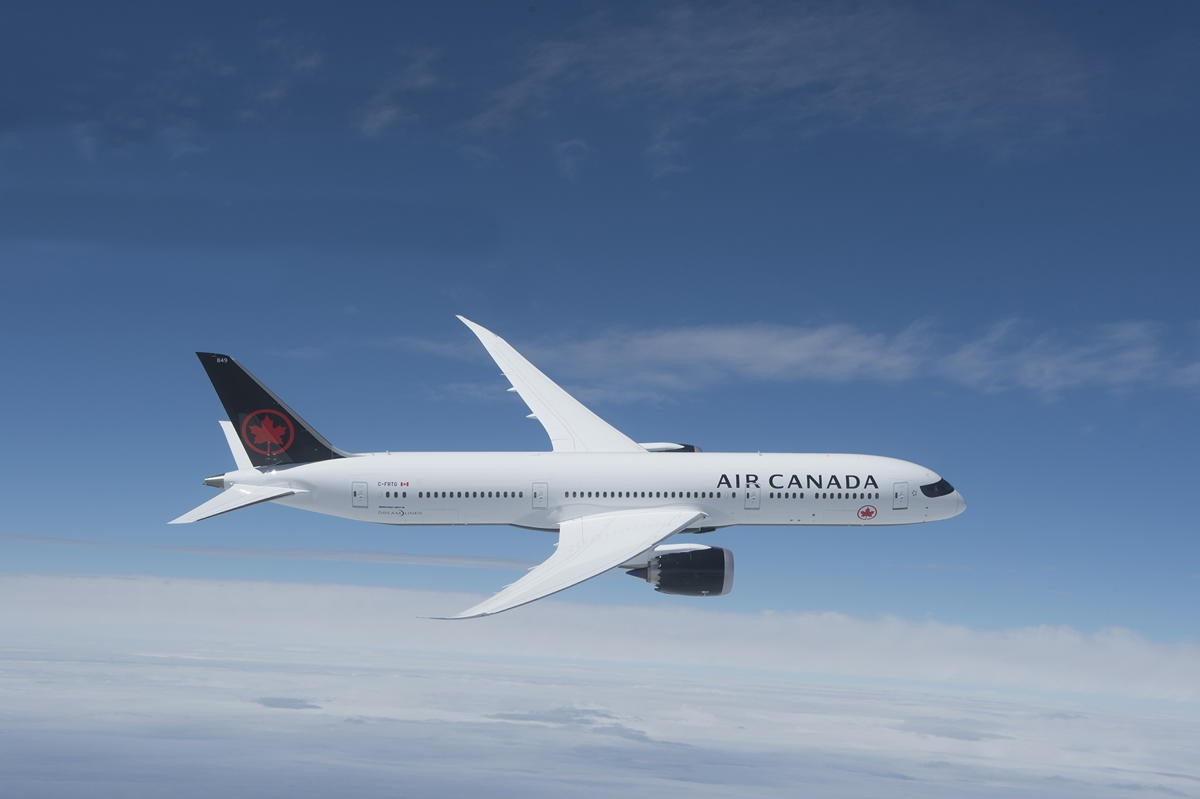 Air Canada unveils 3-hour refund option; Industry reaction to Ottawa/AC deal; Guillemette named President of ACV