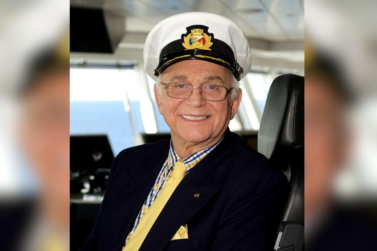 """Princess mourns the passing of """"Love Boat"""" actor Gavin MacLeod"""