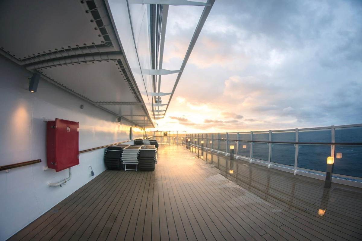 CDC lowers warning for cruises, tells non-vaxxed travellers to avoid ships