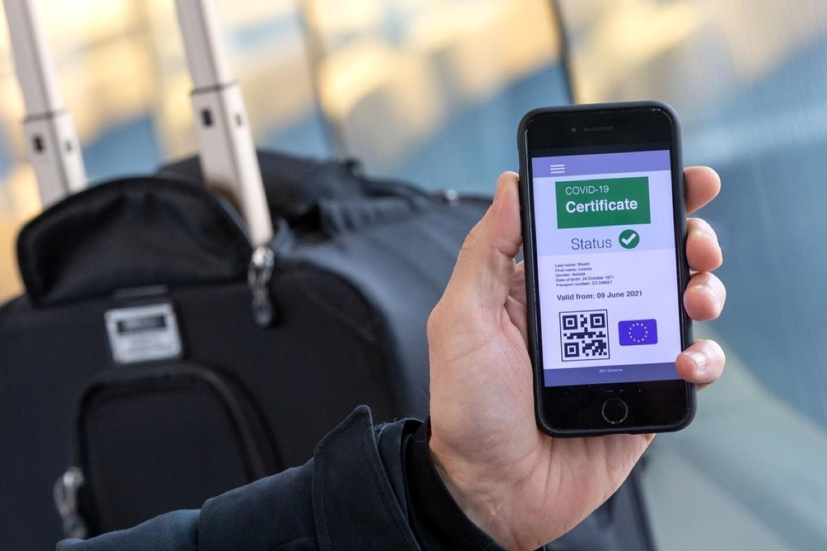 Inconsistent EU travel pass set to cause operational risks, airport delays, groups warn