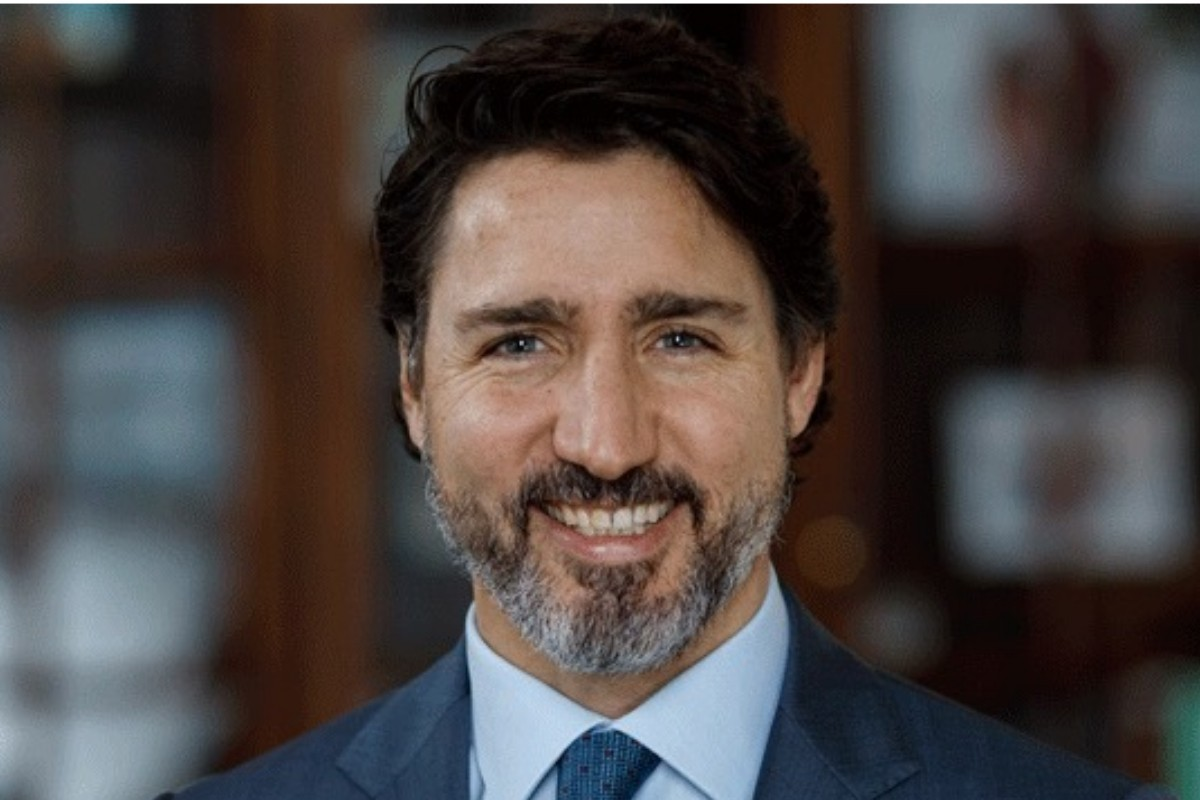 """Border changes announcement coming today; Cuba: """"tourists enjoy total security and tranquility""""; Ireland welcomes vaxxed Canadians"""