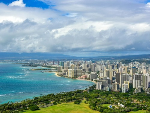 """A """"risky time"""" to travel: Hawaii governor tells tourists to stay away"""