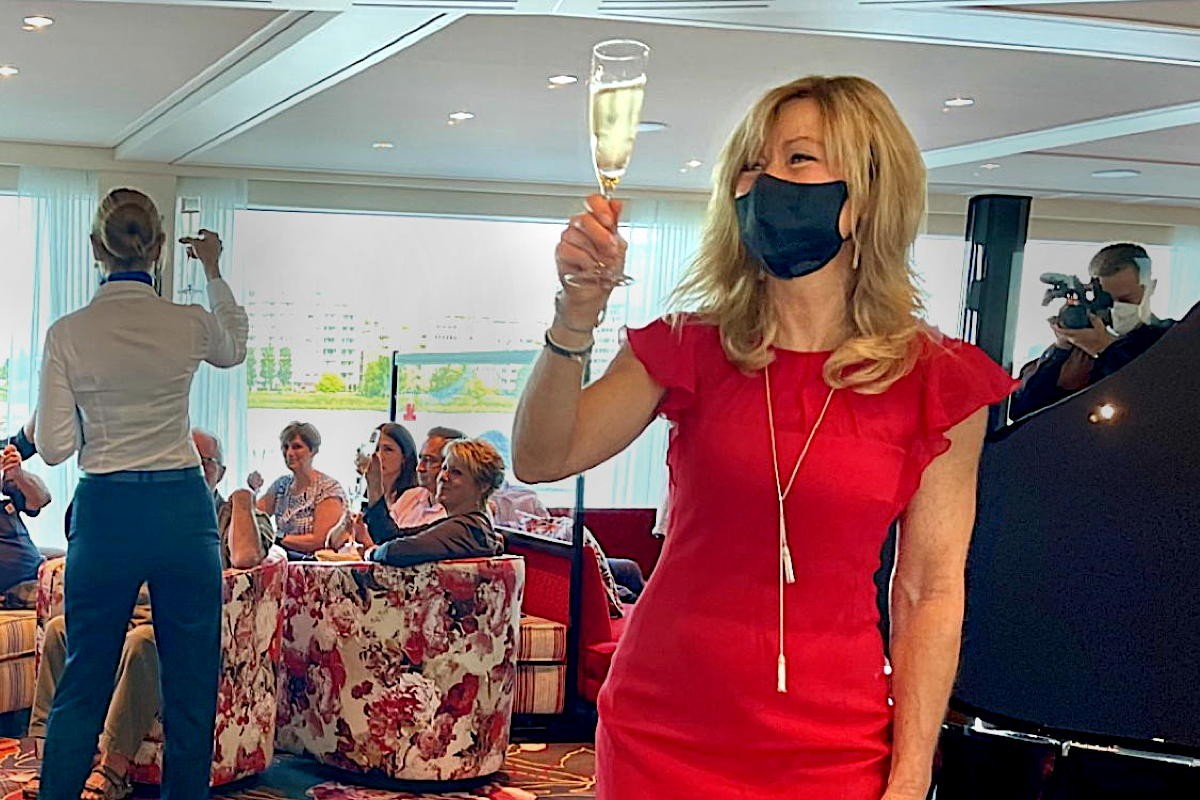 """On location: """"We are now all back together"""": AmaWaterways welcomes partners aboard AmaSiena"""