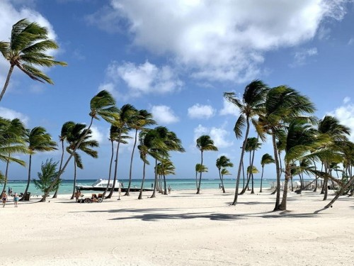 Dominican Republic eases entry requirements for Canadians