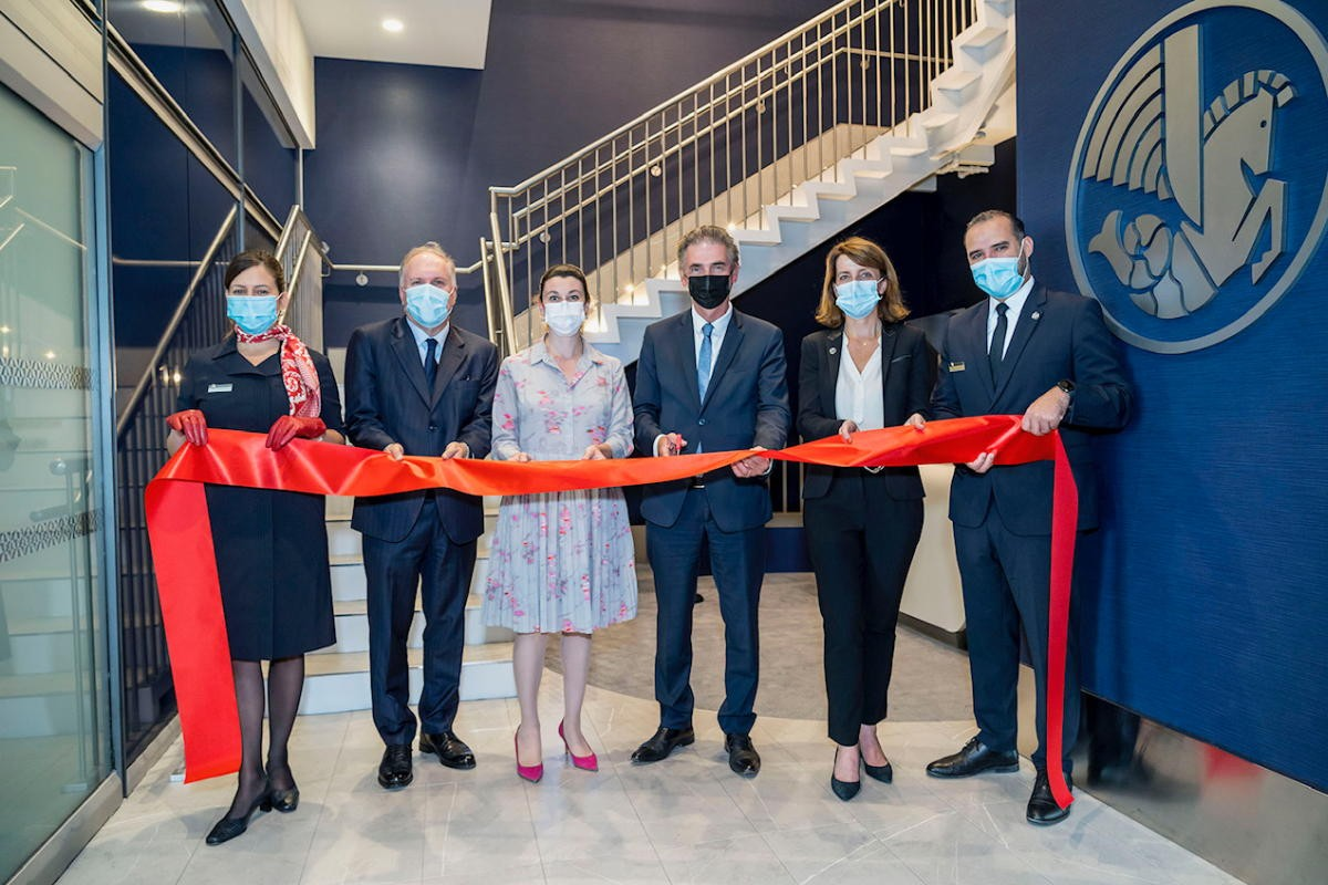 Air France celebrates new lounge at YUL; Royal Caribbean building cruise terminal in Italy; JTB goes behind-the-scenes of new Bond flick