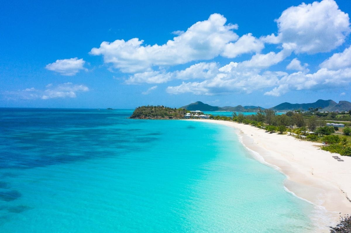 Air Canada restoring flights to Antigua & Barbuda on Oct. 3
