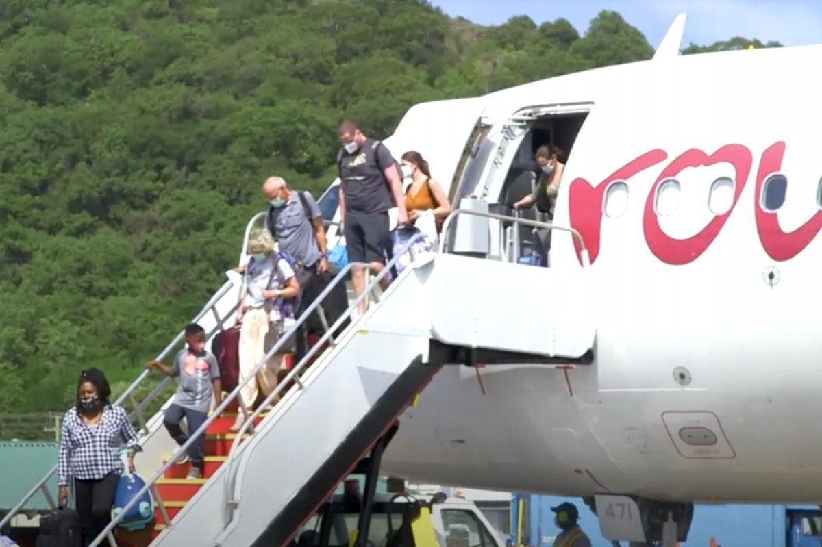 VIDEO: Saint Lucia celebrates reopening of Canadian market as Air Canada returns